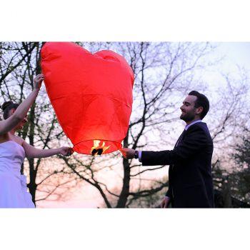 Lanterne volante cœur rouge