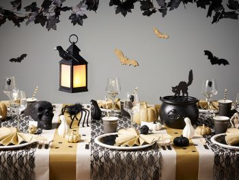 Table Mystic Pumpkins